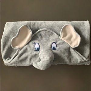 🤭 3 for $21: Disney Dumbo Hooded Terry Towel